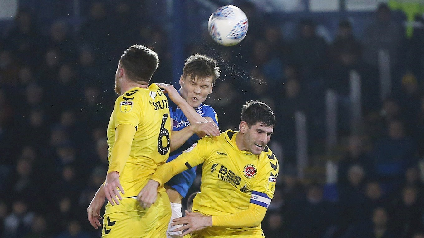 Sean Raggett scores for Pompey against Fleetwood