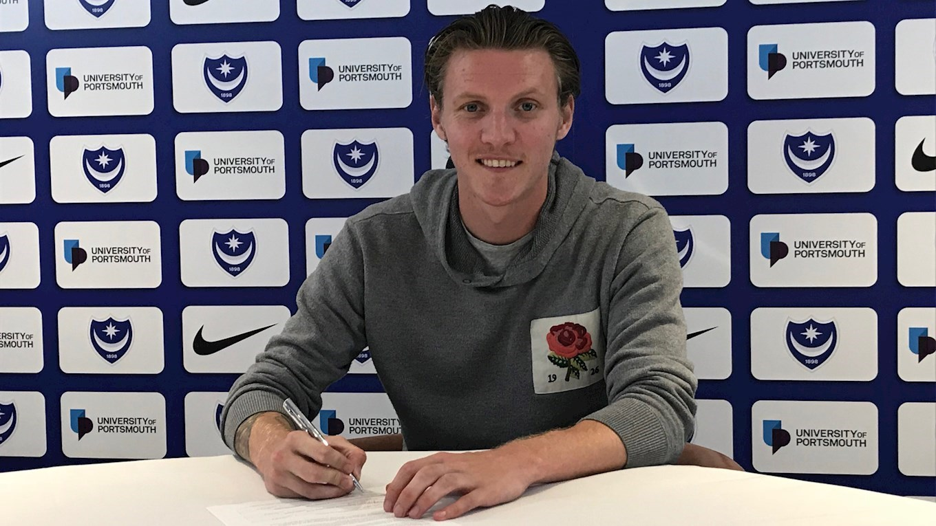 Joe Mason signs on loan for Pompey
