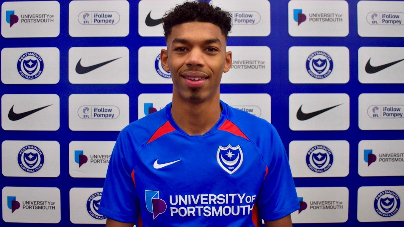 Reeco Hackett-Fairchild signs for Pompey